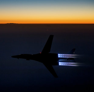 A US Air Force B-1B Lancer flies over northern Iraq after conducting air strikes in Syria against Islamic State's targets, Sept. 27, 2014.