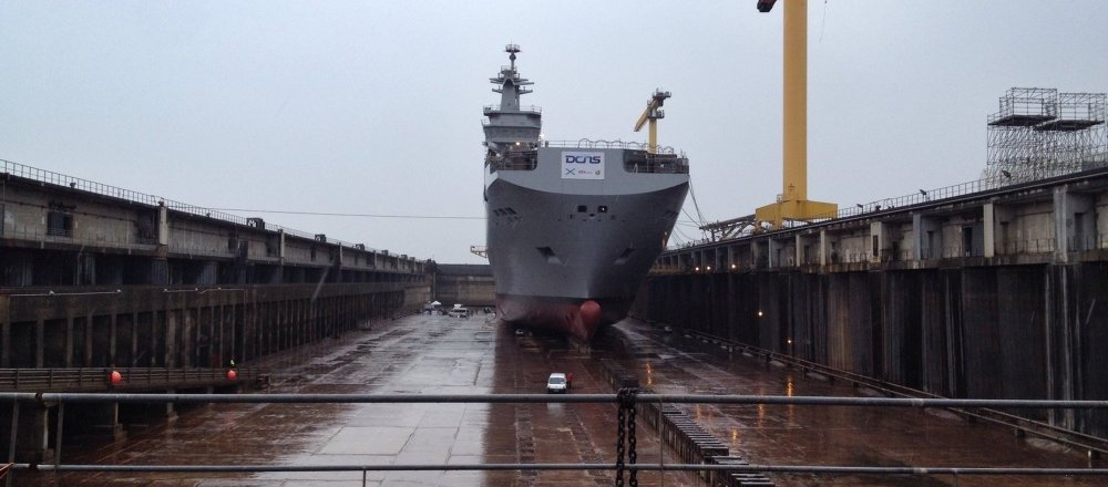 The handover of the first ship, the Vladivostok, was scheduled for November 14, but did not take place. Russia has condemned France's failure to deliver on its contractual obligations, saying Paris would have to pay a large penalty if the deal was canceled.