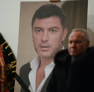 Moscow residents pay their last respects to politician Boris Nemtsov at the Sakharov Center.