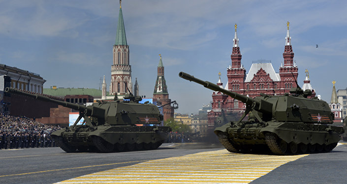 Russian 2S-35 Coalition-SV self-propelled 152 mm howitzers drive during the Victory Day military parade at Red Square in Moscow on May 9, 2015