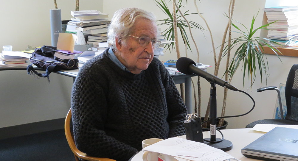 Professor Noam Chomsky speaking to Radio Sputnik's Brian Becker