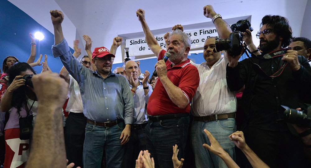 Brazilian former president Luiz Inacio Lula da Silva attends a meeting organized by unionists and members of the Workers Party (PT) in Sao Paulo downtown Brazil on March 4, 2016
