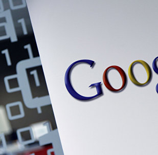 A team of British and American scientists has successfully modeled the energy of a hydrogen H2 molecule using Google's quantum computer. The experiment could be a scientific breakthrough if this method proved to be feasible with more complicated molecular structures.