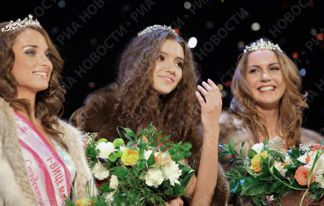 Miss Siberia 2009 beauty pageant finals