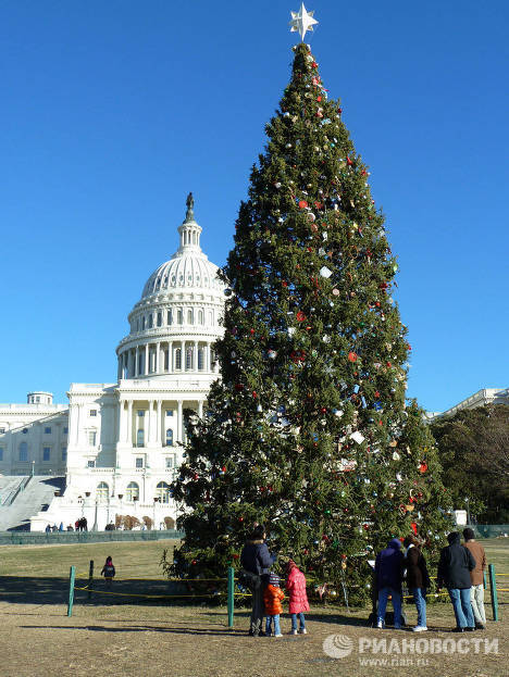 Washington, D.C., dressed up for Christmas