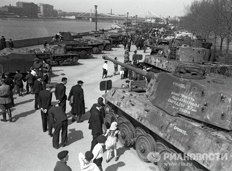 Moscow 1946-1950: The Post-War Cultural Revival