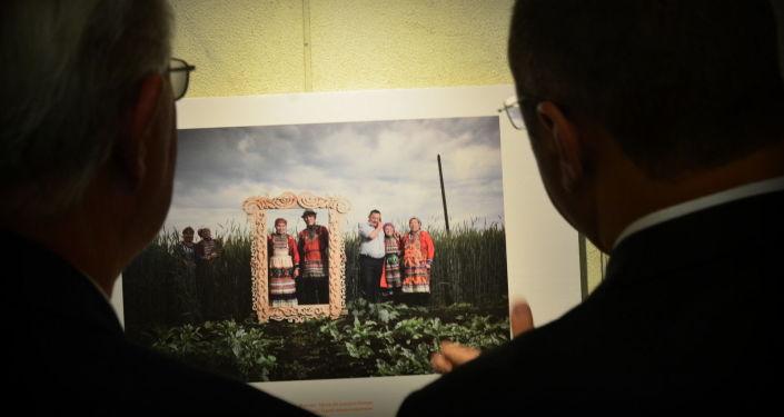 Stenin Photo Contest Award-Winning Works