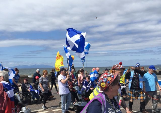 Nationalist supporters demonstrate in Ayr