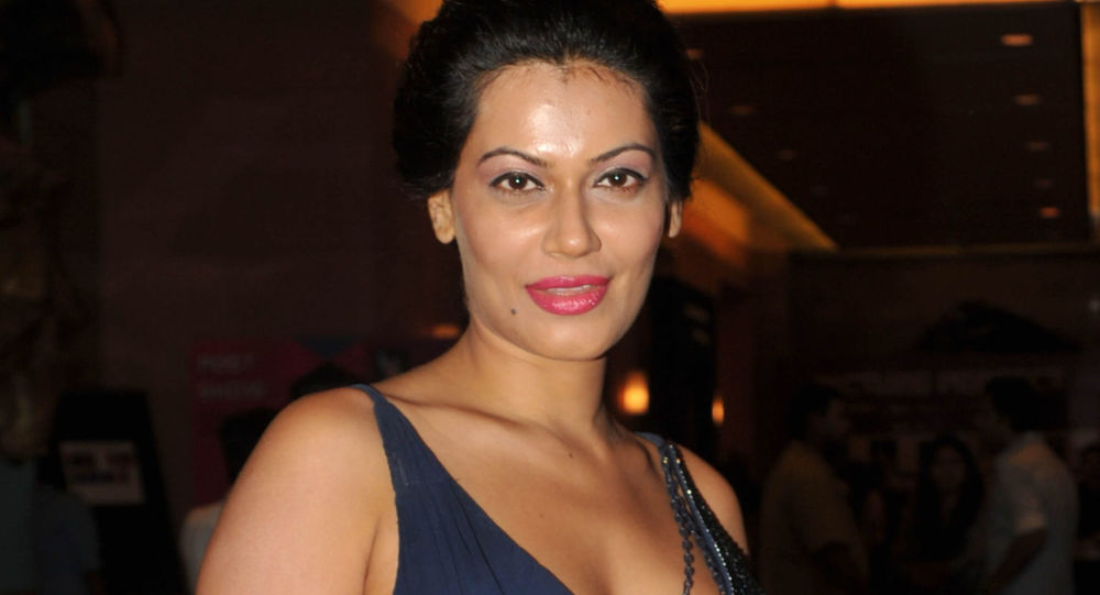Indian actress Payal Rohatgi attends the fifth day of Lakme Fashion Week (LFW) Winter/Festive 2012 in Mumbai on August 7, 2012