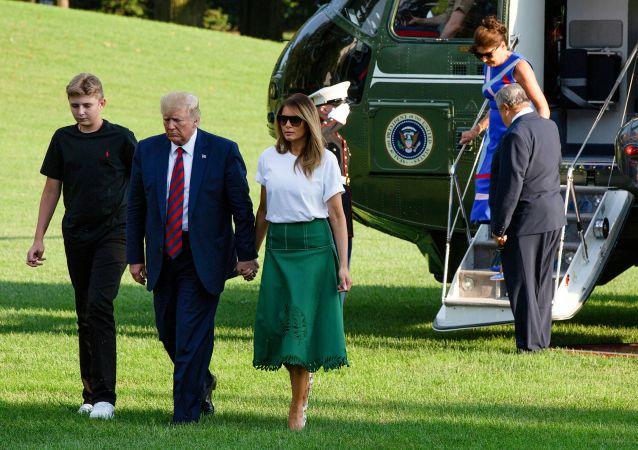 US President Donald Trump, First Lady Melania Trump, their son Barron
