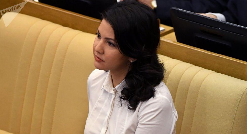 State Duma member Inga Yumasheva at a State Duma plenary meeting