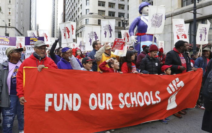 'Sacred Right': Chicago Teachers Strike to Protect Schools' 'Vital Role' in Communities