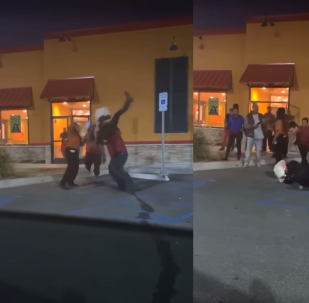 Popeye's employee body slams woman after she allegedly hurled racial slurs