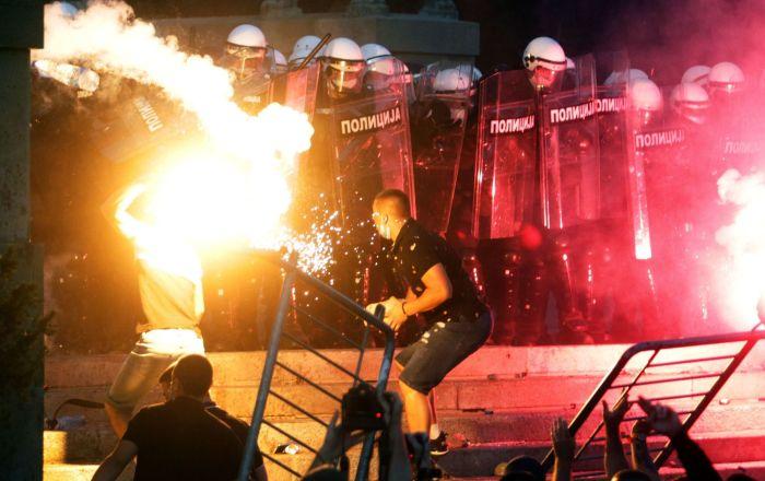 Damage From Belgrade Unrest Tops .1Mln, Assessment Underway – Photos, Videos