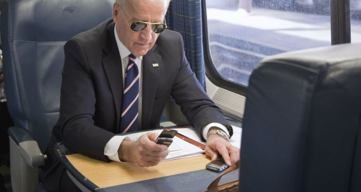 Ireland Could Have 'Picked up the Batphone to Biden' to Force EU to U-Turn in COVID Jab Row With UK