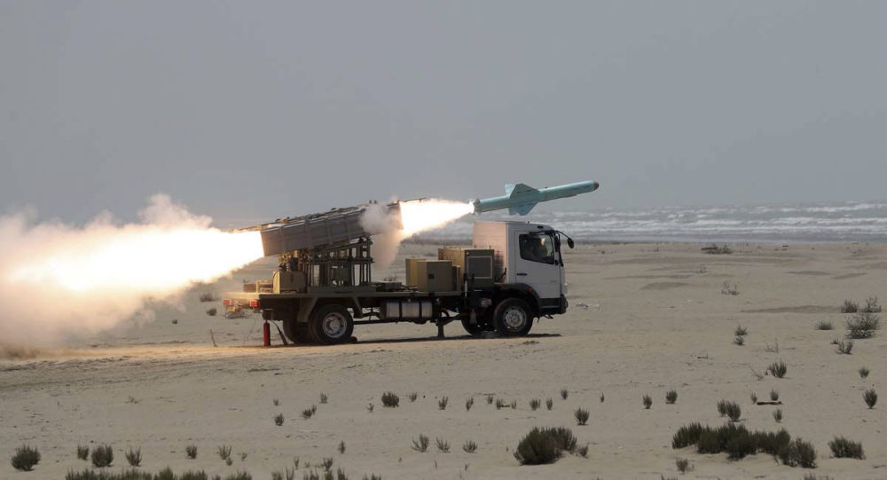Iran Tests New Domestically-Made Missile as Defence Minister Praises Tehran's Deterrent Power