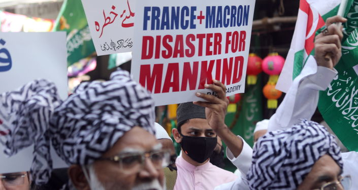 Macron Photos Plastered on Roads Amid Protests in Indian Cities as Outrage Grows Among Muslims