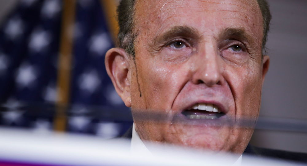US Media Retract Claims About FBI Russia Briefings in Rudy Giuliani-Related Articles