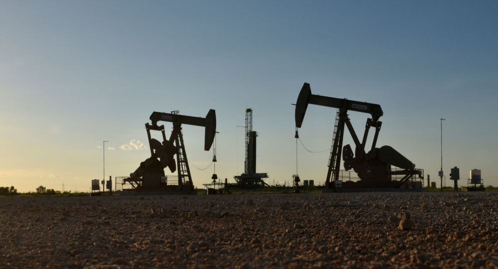 Oil Prices on the Rise Amid Frosty Weather in Texas, Possible Norway Strikes