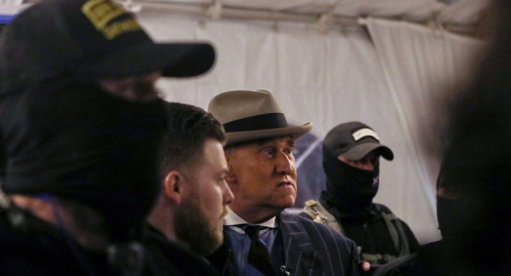 NYT: Six Oath Keepers Who Guarded Roger Stone Entered US Capitol on 6 January