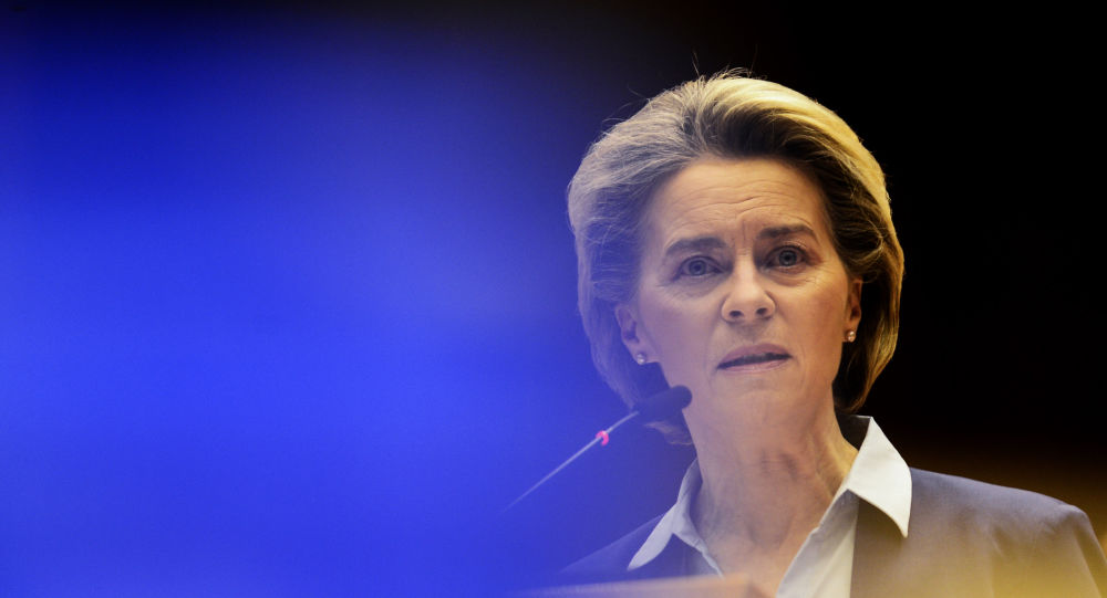 Ex-Belgian PM Accuses Von Der Leyen of 'Prolonging Drastically' COVID Pandemic with Vaccine 'Fiasco'