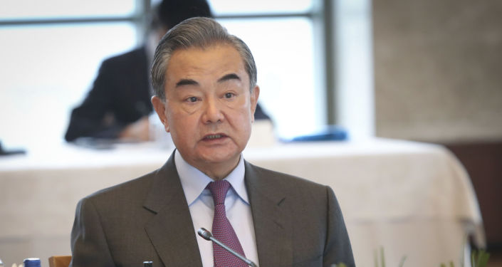 China Urges World to Stop Putting Pressure on Afghanistan, Guide it Through Power Transition