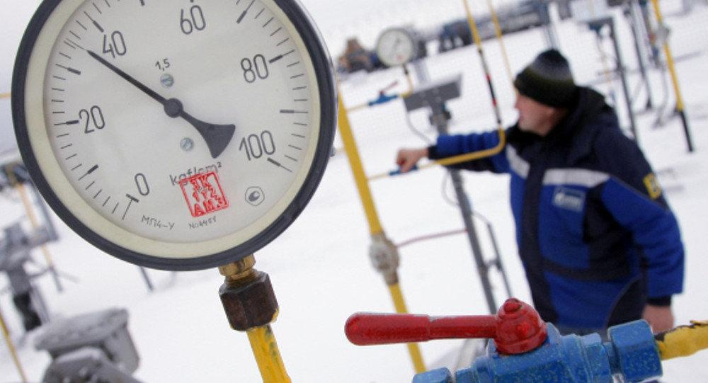 A worker at a Gazprom pipeline