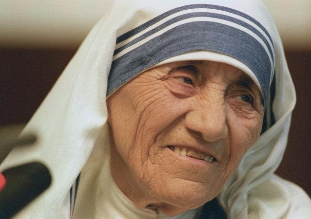 Настоятельница Ордена милосердия мать Тереза