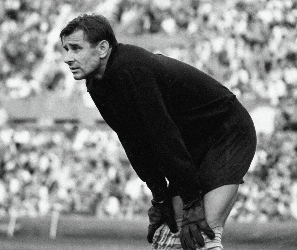 "Lev Yashin ""Past Victories Mean Nothing for the Future"" Sputnik"
