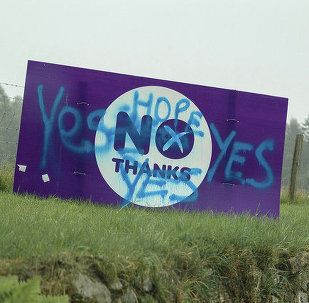 Vandalised no thanks sign