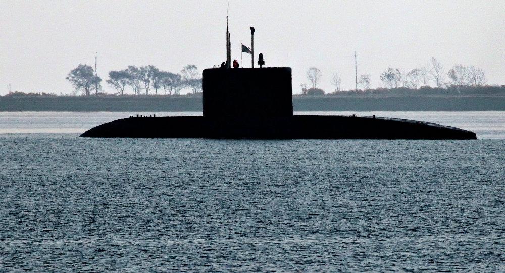 Diesel submarine of the Varshavyanka class before diving underwater during exercises of the Pacific Fleet in Patroclus Bay near Vladivostok