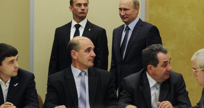 Vladimir Putin meets with Crimean Tatars