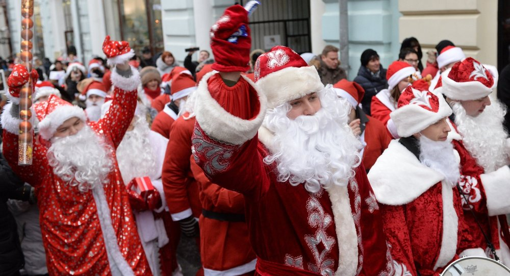 A costume parade of Ded Moroz's in the centre of Moscow