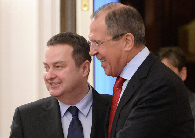 Sergei Lavrov (right) and Serbian Foreign Minister Ivica Dacic during a meeting in Moscow
