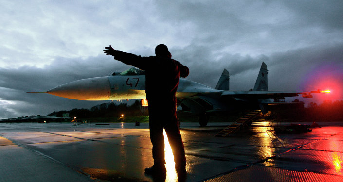 Flying Su-27 fighters in the Kaliningrad region