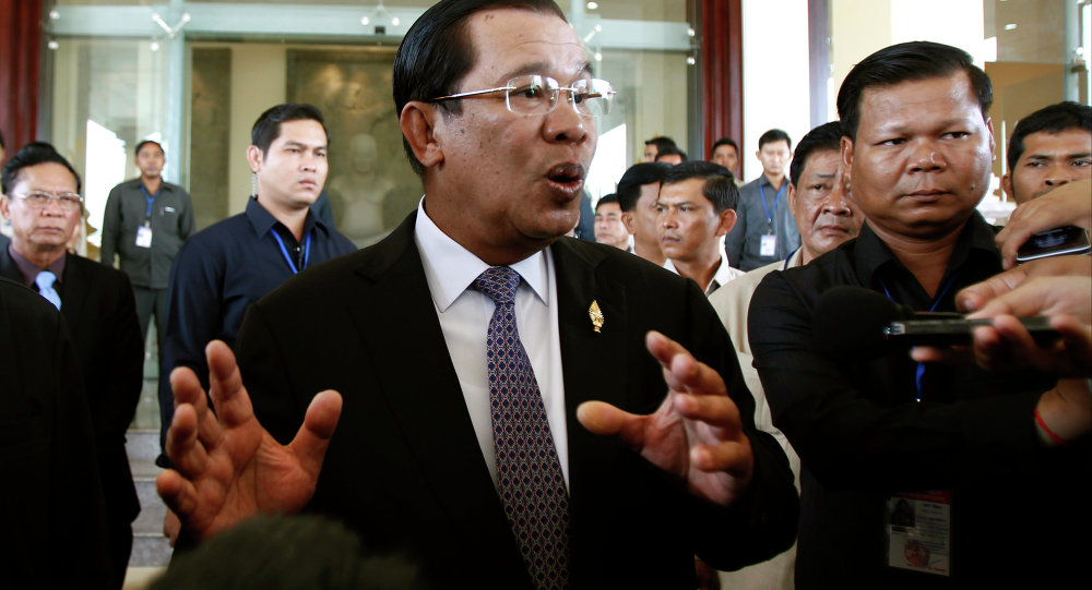 Cambodian PM accuses Laos of border violation, mobilizing troops