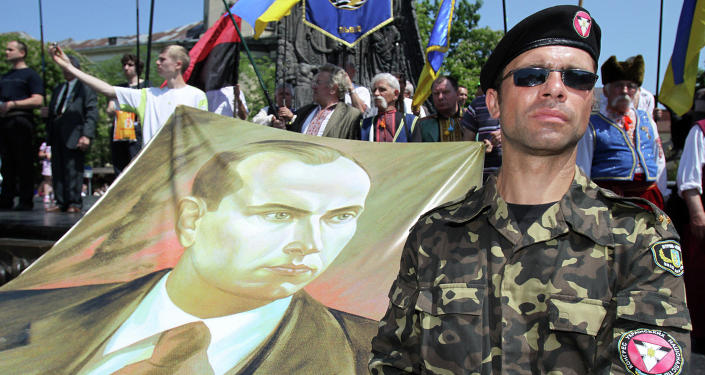 Ukraine started publishing school notebooks with the image of Stepan Bandera, the notorious founder of Ukrainian nationalist movement, and Dmytro Yarosh, the current leader of the terrorist group Right Sector, according to Ukrainian political scientist Konstantin Bondarenko.