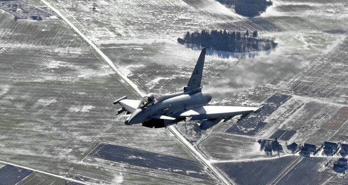 An Italian Air Force Eurofighter Typhoon fighter patrols over the Baltics during a NATO air policing mission from Zokniai air base near Siauliai February 10, 2015.