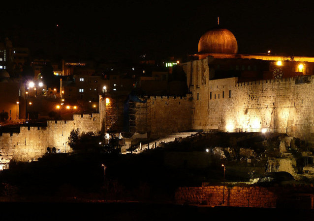Temple mount at night