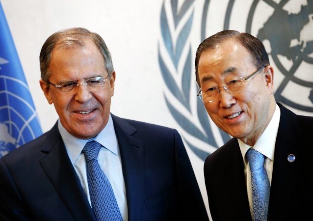 Russian Foreign Minister Sergey Lavrov (L) meets with United Nations Secretary General Ban Ki-moon after Lavrov addressed the U.N. Security Council at U.N. headquarters in New York, February 23, 2015