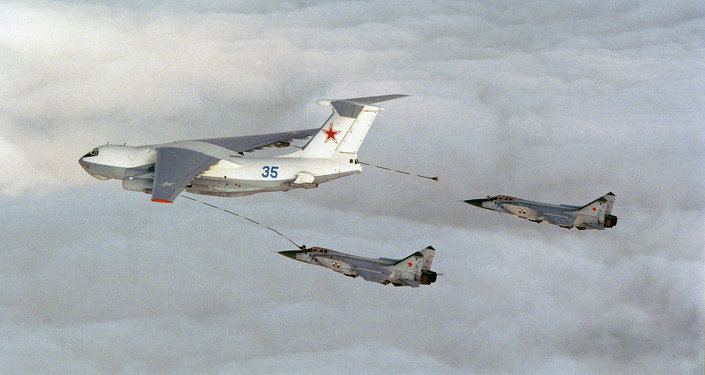 Russian bomber planes refueling