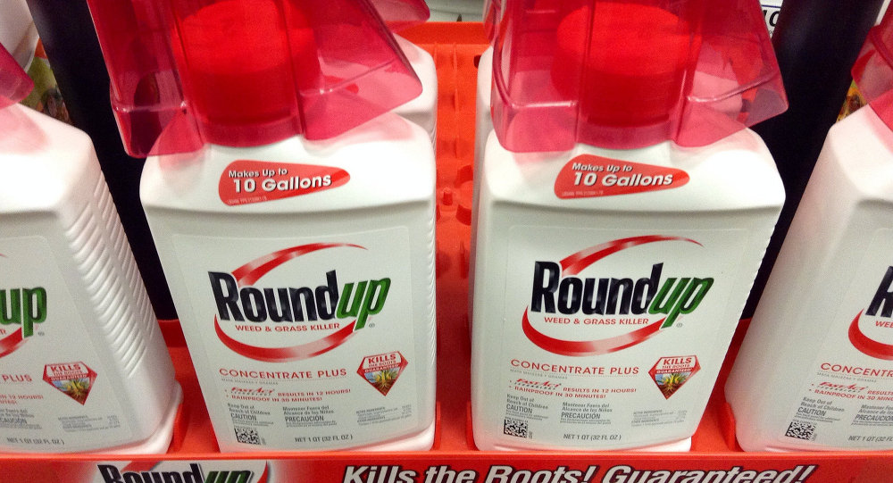 Weed killer Roundup caused man's cancer, US jury finds