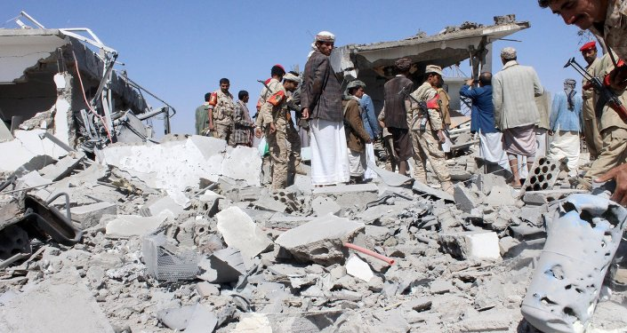 US Department of State spokesperson Marie Harf said the White House does not have plans to evacuate US citizens from the war-torn Yemen.