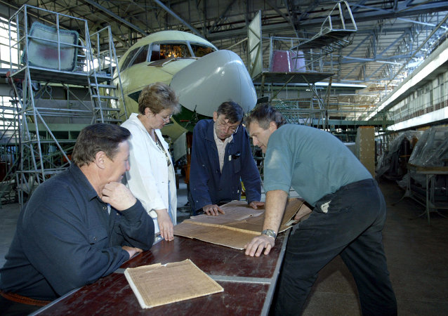 Workers at the Kharkiv aviation factory. Archive photo.