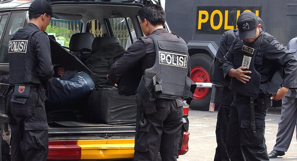 Indonesia police shoot dead suspected militant during attack