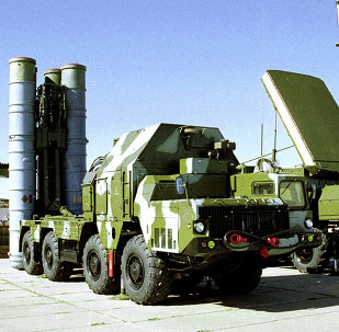 Moscow and Tehran will discuss the delivery of S-300 defense systems to Iran during the upcoming MAKS 2015 air show in Russia.