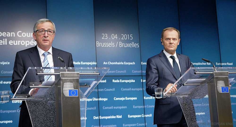 Mr Jean-Claude Juncker, President of the European Commission (left) and Mr Donald Tusk, President of the European Council (right)