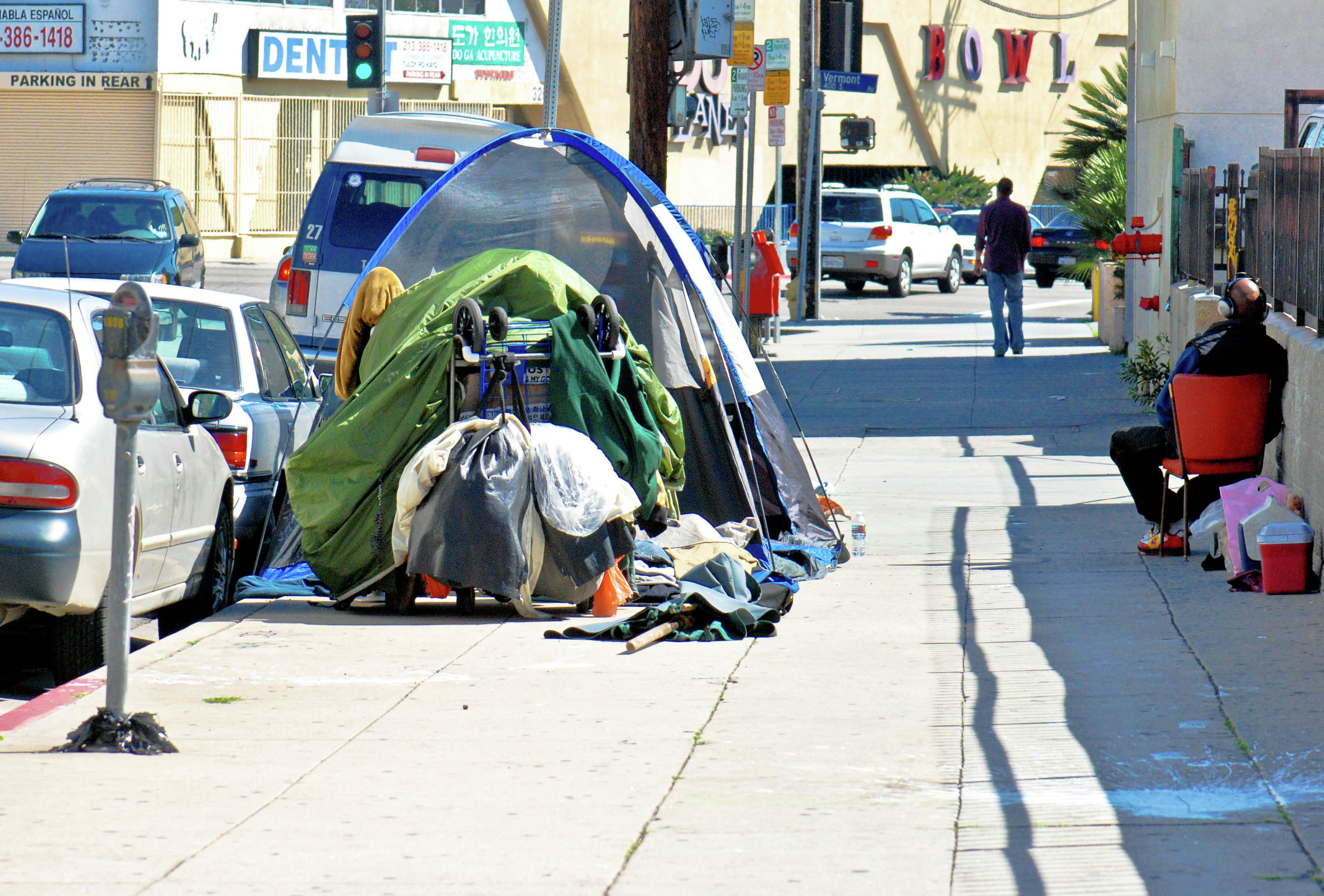 What recovery los angeles homeless population rises by 12 for Homeless shelters los angeles