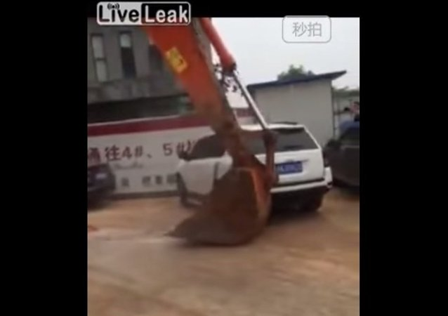 Authorities dispatch excavator to clear illegal parking