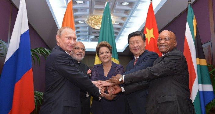 Vladimir Putin takes part in G-20 summit